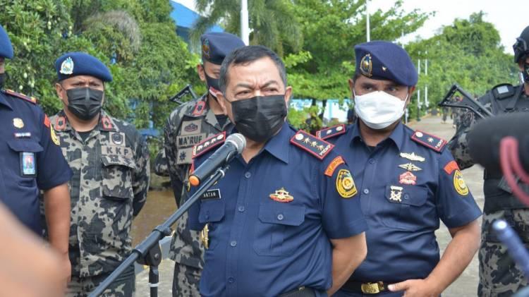 CuplikCom-KKP-Selesaikan-Penyidikan-11-Kapal-Ilegal-di-Selat-Makassar-Cuma-21-Hari-17042021172729-20210417_171933.jpg