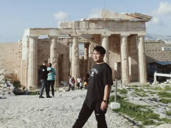 CuplikCom-Prawita-Genppari-Nikmati-Olahraga-Pagi-di-Bukit-Acropolis-Yunani-23022021202758-IMG_20210223_145537.jpg