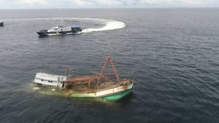 CuplikCom-Tabrakan-2-Kapal-di-Perairan-Indramayu,-17-ABK-Dikabarkan-Hilang-04042021002438-20210404_001556.jpg