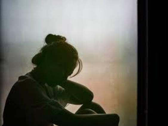 CuplikCom-Tanda-Kamu-Hidup-Dengan-Trauma-22042021150014-3.jpg